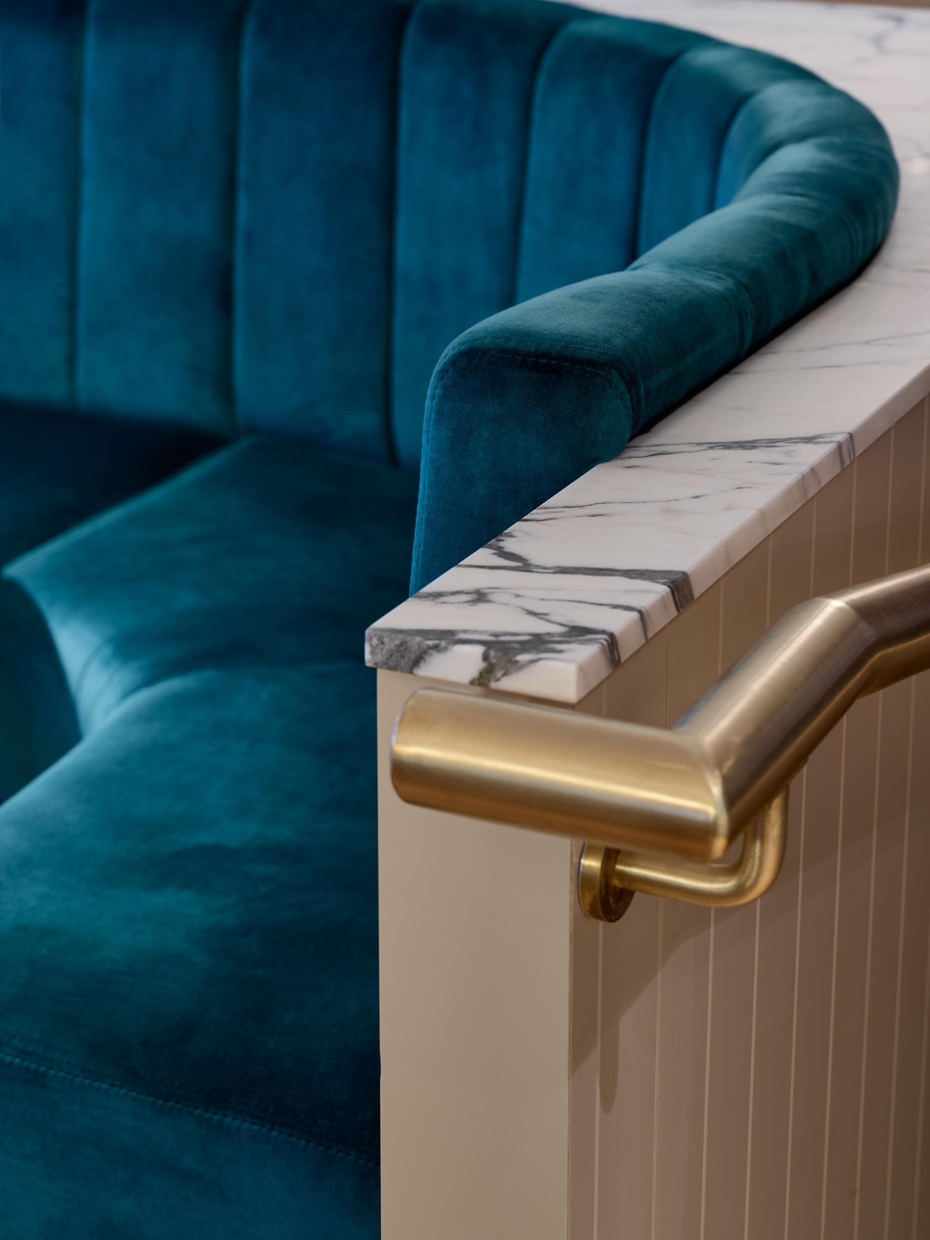Seat - Le Monde Restaurant - RYE Design